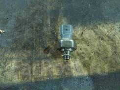 Датчик давления масла HR12DDR Nissan Note E12 пробег 30 т. км 250701MC0A NISSAN 250701MC0A