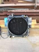 Радиатор охлаждения двигателя. Nissan Atlas Двигатель ED33