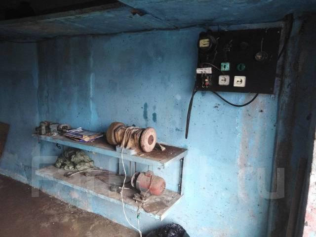 Гаражи капитальные. улица Добровольского 25, р-н Тихая, 23кв.м., электричество, подвал. Вид изнутри