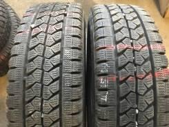 Bridgestone Blizzak W979. Зимние, без шипов, 2015 год, 5%, 2 шт