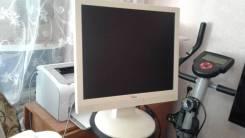 "Fujitsu. 17"", технология ЖК (LCD)"