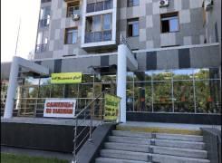 Места парковочные. улица Запарина 7, р-н Центральный, 14кв.м., электричество
