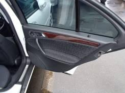 Уплотнитель двери. Mercedes-Benz C-Class, W203 Двигатели: M112E26, M112E32, M113E55, M111E20EVO, M111E20EVOML, M271DE18ML, M271KE18ML, M272E25, M272E3...