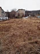 Продам зем. участок в собственности в центре развитой инфраструктуры. 1 518кв.м., собственность, от агентства недвижимости (посредник). Фото участка