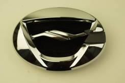 Эмблема решетки (или предней панели) Toyota Corolla Axio