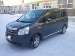 Toyota Noah. вариатор, передний, 2.0 (145л.с.), бензин, 82 000тыс. км