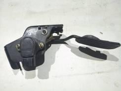Концевик под педаль тормоза. Toyota Isis, ANM10, ANM10G, ANM10W Двигатель 1AZFSE