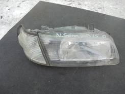 Фара R Nissan Sunny15