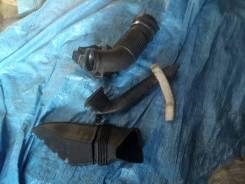 Патрубки воздухозаборника комплект 3шт.! AUDI A6 C6 4F0129618J