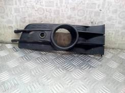 Решетка (заглушка) в бампер правая Citroen C5 1