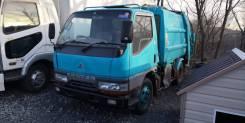 Mitsubishi Fuso Canter. Mitsubishi Canter мусоровоз во Владивостоке, 4 210куб. см.