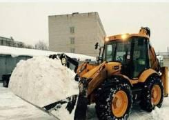 Экскаватор-погрузчик, уборка, чистка снега