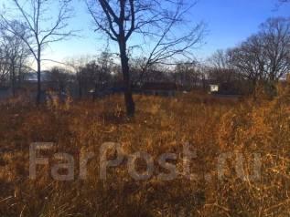 Продам земельный участок в Андреевке. 3 000кв.м., собственность, электричество, вода, от агентства недвижимости (посредник). Фото участка