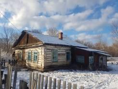 Продается дом в селе Муравейка в Анучинском районе. Заречная 22, р-н Муравейка, площадь дома 70кв.м., скважина, отопление твердотопливное, от агентс...