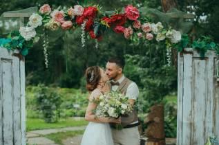 Профессиональная свадебная фотосъемка по приятным для вас ценам