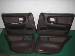 Обшивки дверей комплект Mitsubishi Galant 92-96