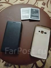 Samsung Galaxy J1 2016. Б/у, 8 Гб, Бежевый, 3G