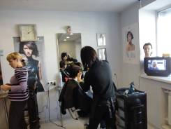 Сдам в аренду салон-парикмахерскую. Улица Борисенко 94, р-н Борисенко, 43кв.м., цена указана за все помещение в месяц