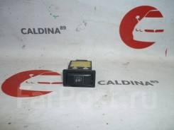 Кнопка обогрева зеркал. Toyota: Windom, Lite Ace, Platz, Corona, Ipsum, iQ, Corolla, Tercel, MR-S, Dyna, Tundra, Raum, Vista, Sprinter, Echo Verso, Ma...