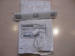 85223EY10A Крепление заднего бампера левое (Braket) Nissan 85223EY10A