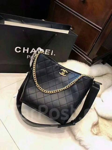 c42cc35a7f62 Женская сумка Chanel - Аксессуары и бижутерия во Владивостоке