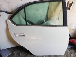 Дверь задняя правая Prius NHW11 PERL.
