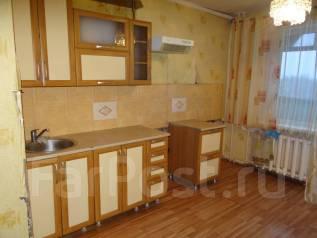 2-комнатная, улица Кузнечная 108. МЖК, агентство, 57кв.м. Кухня