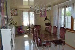 Продам два дома построенных из бруса в районе Двойки. Переулок дунайский, р-н Двойка, площадь дома 220кв.м., централизованный водопровод, электричес...