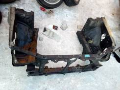 Рамка радиатора. Subaru Forester, SG, SG5, SG6, SG69, SG9, SG9L