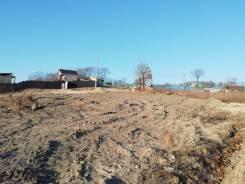 Продам земельный участок с видом на море и озеро в поселке Ливадия. 745кв.м., собственность, от частного лица (собственник)