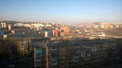 Гостинка, улица Сахалинская 58. Тихая, частное лицо, 24кв.м. Вид из окна днём