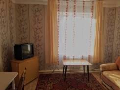 Комната, улица Комсомольская 18. частное лицо, 20кв.м. Вид из окна днем