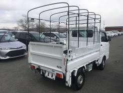 Suzuki Carry Truck. Продам грузовик с аппарелью 4WD коробка, 660куб. см., 500кг., 4x4