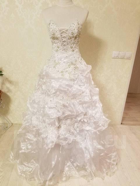 1d29950d7f3 Продам свадебное платье б у. Цветы 2 - Свадебные платья