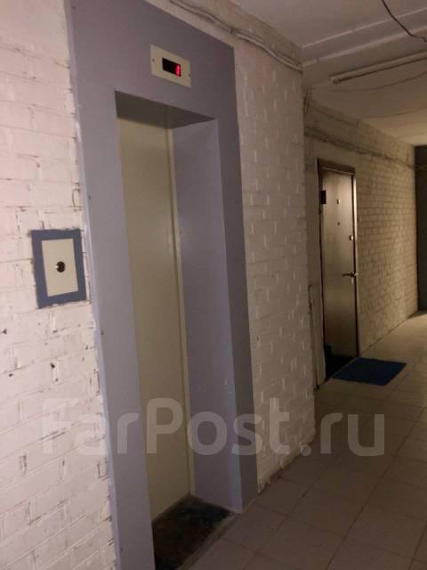 2-комнатная, улица Нерчинская 38. Центр, частное лицо, 40кв.м. Подъезд внутри