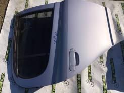 Дверь задняя правая на Toyota Vitz