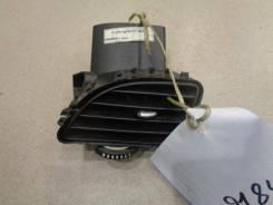 Дефлектор воздушный правый Renault Megane 3 2009-2016 Номер OEM 687606450R