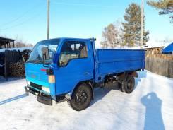 Mazda Titan. Продаётся грузовик , 2 700куб. см., 2 000кг., 6x2