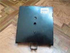 Электронный блок коммутации Renault Laguna II. модуль BSI.8200346815