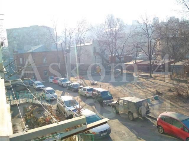 2-комнатная, улица Борисенко 9. Борисенко, агентство, 46,0кв.м. Вид из окна днём
