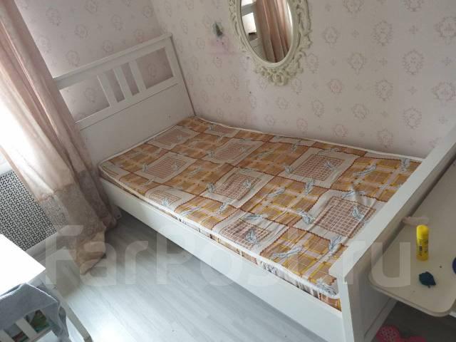 кровать белая натуральное дерево красивая Ikea мебель во