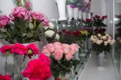 Живые цветы, букеты, букеты по индивидуальным заказам, подарки.
