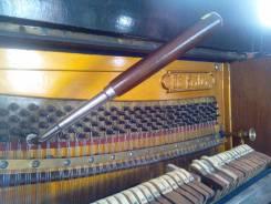 Настройка фортепиано.
