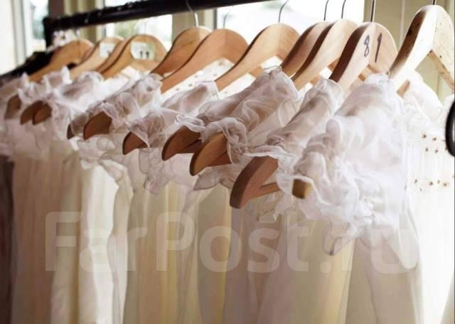Химчистка свадебных платьев и мужских костюмов - Одежда и обувь во ... 6fd401ee3d390