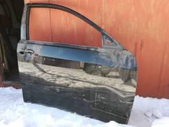 Дверь правая передняя с небольшим дефектом