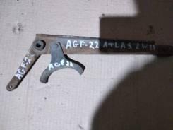 Рычаг переключения кпп. Nissan Atlas, AGF22 Двигатель TD27