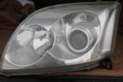 Фара оригинальная Toyota Avensis левая