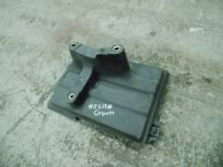 Подставка под аккумулятор б/у Crown GS171, JKS175, JZS17#, UZS17# Toyota 7443130160