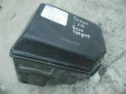 Блок предохранителей под капот большой б/у Toyota Crown JZS151 1JZ-GE Toyota 8274030080