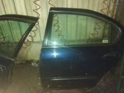 Дверь боковая Nissan A33 2000-2003, левая задняя